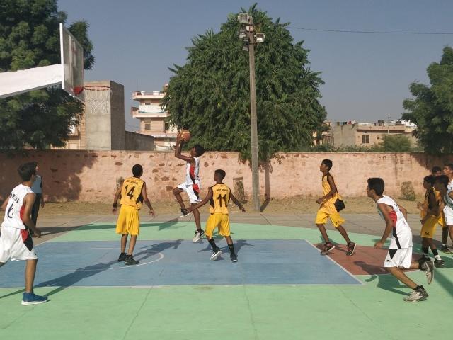 DelhivsWB.jpg