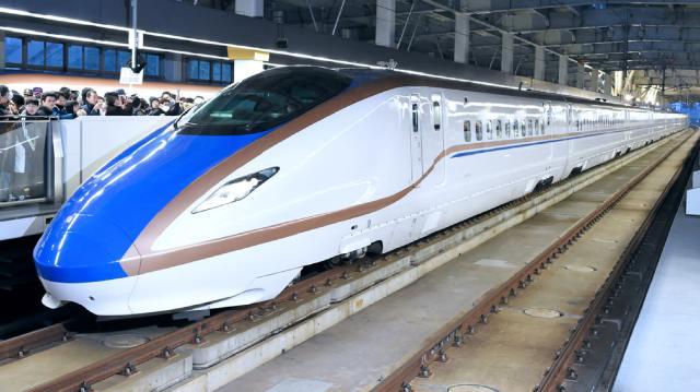 https_%2F%2Fs3-ap-northeast-1.amazonaws.com%2Fpsh-ex-ftnikkei-3937bb4%2Fimages%2F0%2F4%2F0%2F7%2F14027040-4-eng-GB%2F0529N11-Shinkansen.jpg