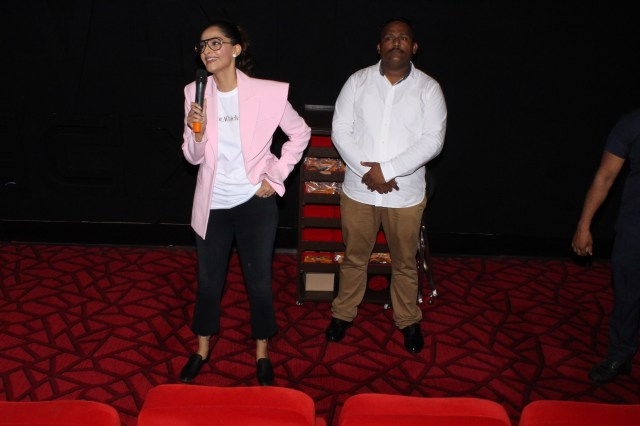 0337a60cb The B-town diva Sonam Kapoor Ahuja visited a theatre in the capital for the  special screening of her latest release flick  Veerey Di Wedding.